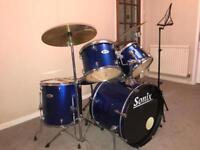 Drum kit (SONIX)
