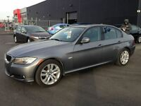 2011 BMW 323 i SPORT PACK MAGS TOIT CUIR