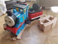 PEG PEREGO THOMAS RIDE ON TRAIN