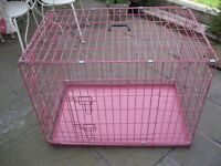 DOG CAGE / CRATE / LARGE / PINK