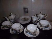 17 pieces porcelan tea set