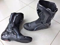 Dainese TRQ Race Out Motorbike Boots Size 8 (42)