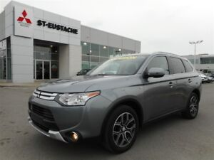 2015 Mitsubishi Outlander GT **4X4/AWD**TOIT OUVRANT *7 PASSAGER