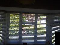 1 White Faux Wood Venetian Blind 120 w by 160 l