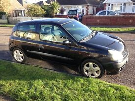 Renault Clio, 1.2L great first car!