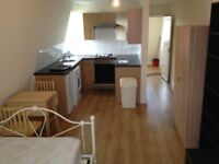 SELF CONTAINED STUDIO - THIRD FLOOR - FINSBURY PARK - SORRY NO DSS