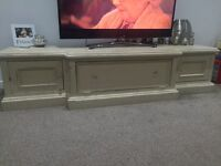 Shabby chic TV unit