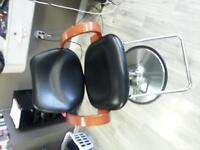 2 hairdressing hydraulic chairs
