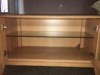 (Immaculate) High Quality Oak Veneer tv cabinet