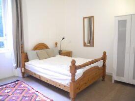 Beautiful double room on Leith Walk