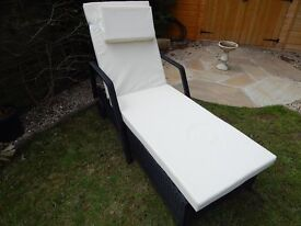 Rattan Recliner (new never used)