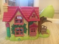Early Learning Centre Happy Land Cottage & Fairy Castle