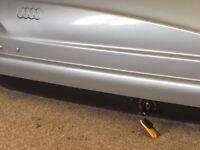 Audi Q5 roof box and roof bars