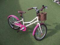 little girls dawes six gear bike