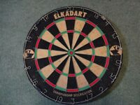 Elkadart dartboard and set of Unicorn darts.