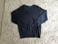**BRAND NEW NEVER BEEN WORN** Mens size Large V neck long sleeve jumper from Next