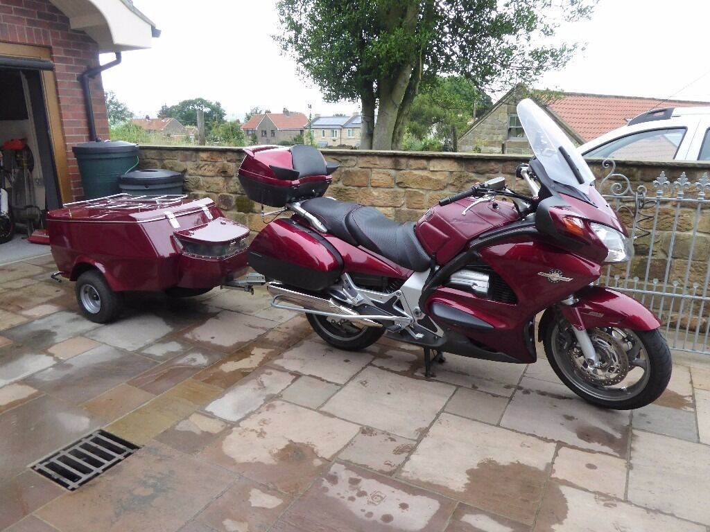 honda pan european st1300 a4 motorcycle and touring. Black Bedroom Furniture Sets. Home Design Ideas