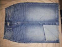 Womens Denim Skirt Size 8 New Without Tags