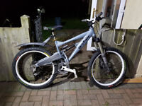 Gary Fisher Down Hill Mountain Bike Mint Condition Going CHEAP! FREE DELIVERY !!!