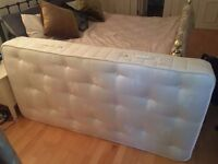 Almost new Luxury 3000 pocket sprung orthopaedic Natural Wool & Silk Single Mattress Medium Firm