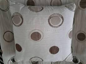 Curtain & 5 cushions