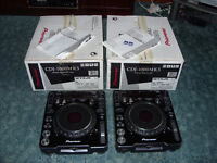 Pioneer CDJ 1000 MK3 Pair, Original Boxes, Cables, Manuals and SD Cards