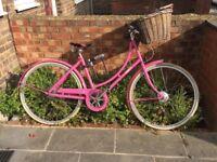 Ladies Pink Pashley Bike - Poppy. great condition