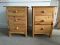 2 bedside tables in natural pine