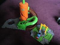 Thomas the Tank Rattling Rails and small Aulfstead castle Take and play