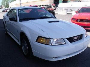2000 Ford Mustang V6-AUTO-AIR