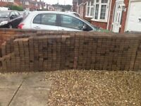 aprox 600 block paving buyer to collect