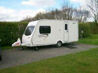 2012 touring caravan lunar 460/2 2 berth