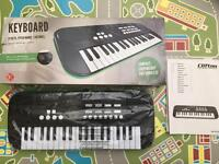 Brand New CLIFTON 37 Key Music Keyboard £10
