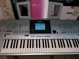 YAMAHA PSR S900 WORKSTATION KEYBOARD (HI- QUALITY)