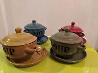 Set of four soup bowls/pots with plates