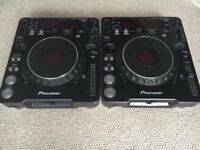 2 x PIONEER CDJ-1000 MK2 (PAIR) Excellent Condition