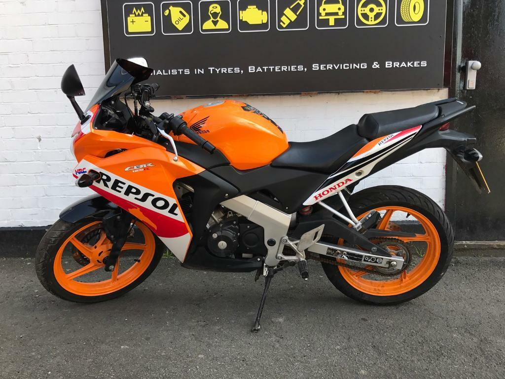 honda cbr rf 125 repsol orange 2016 in bexleyheath. Black Bedroom Furniture Sets. Home Design Ideas