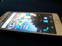 Selling my Motorola Moto G5 plus cover