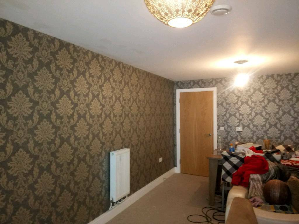PROFESSIONAL PAINTER AND DECORATOR Inc. Wallpaper hanging