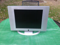 """TV / Television 15"""" LCD Widescreen Technosonic LCD2001 #FREE LOCAL DELIVERY#"""
