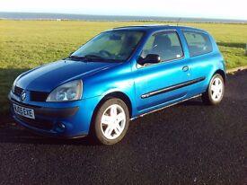 RENAULT CLIO 1.4 DYNAMIQUE 2005 BLUE Low mileage