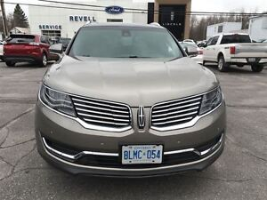 2016 Lincoln MKX AWD...1-owner trade, Only 15000K, Moonroof, Htd Kingston Kingston Area image 3