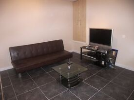 1 Bedroom Furnished modern studio flat (RECENT REFURB) in Harehills, Leeds LS9. £69 pw plus bills.