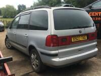 VW Sharan 1.9 tdi - Breaking for all parts.