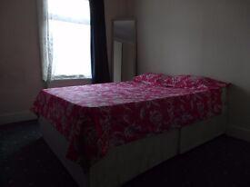 LOVELY Single room 110 PER WEEK ALL BILLS INCLUDED!!