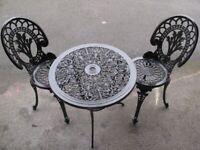 Cast aluminium/iron garden furniture