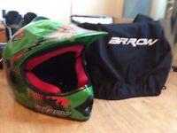 Child's Motocross helmet, ARROW grn, ACK-49, size-55-56cm, medium. Unused. excellent condition.