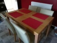 Light Oak Effect Dining Room Table and 4 Cream Chairs in Good Condition
