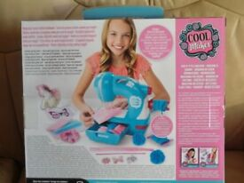 """""""COOL MAKER"""" GIRL'S SEWING MACHINE (2 x Available)"""