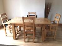 Lovely 6 seating dinning table